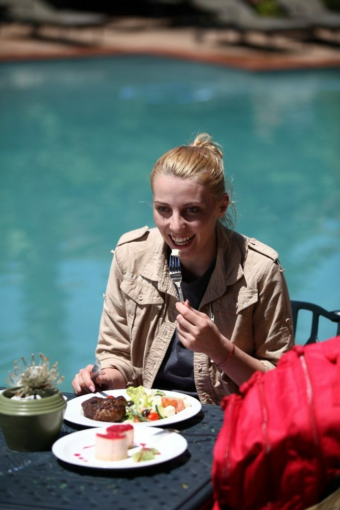 Alina Plugaru  sunt celebreu scoate-ma de aici pro tv