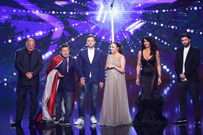 juriul Romanii au talent impreuna cu Smiley si Pavel Bartos