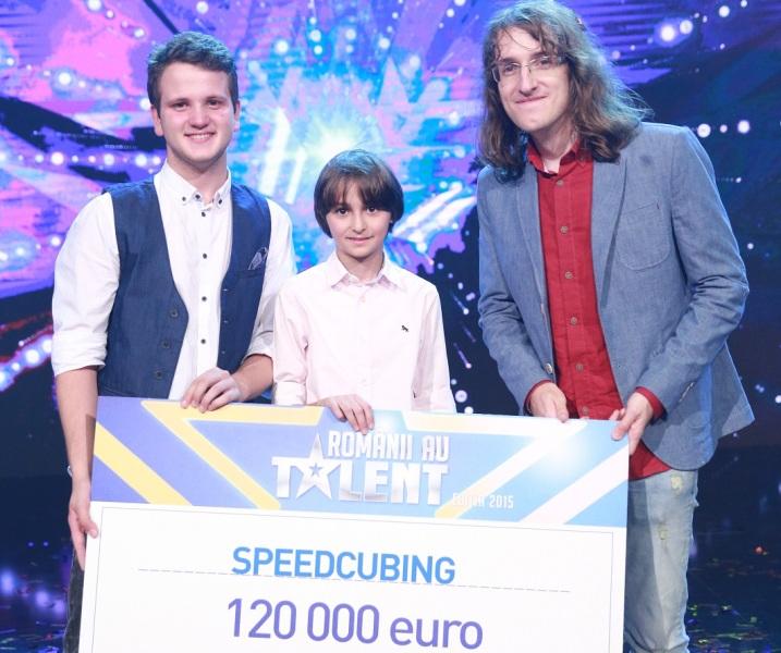castigatorii Romanii au talent_speedcubing_2015