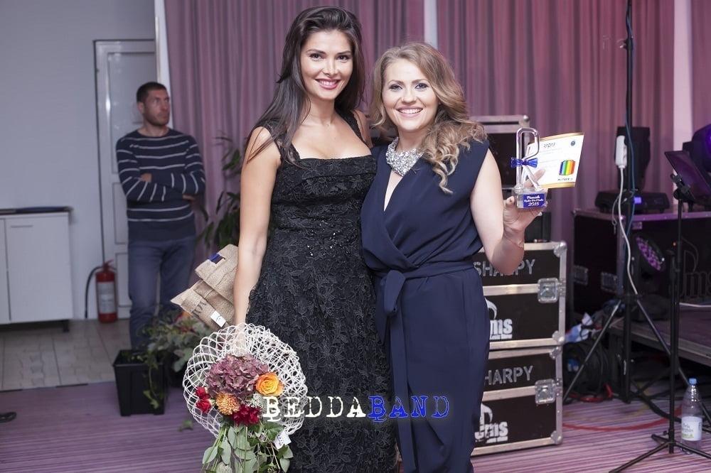 MIRELA BOUREANU VADIA SI ALINA PUSCAS - PREMIILE RADAR DE MEDIA 2015